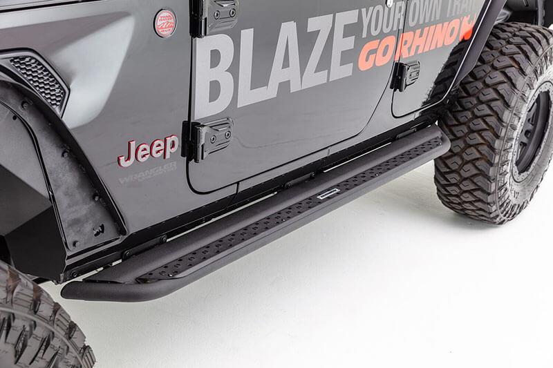 Go Rhino Dominator DSS Side Steps for Jeep Wrangler Jl
